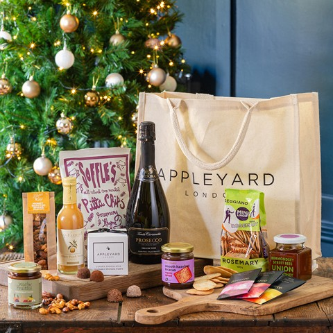 Festive Indulgence Luxury Hamper with Prosecco Organic Fidora
