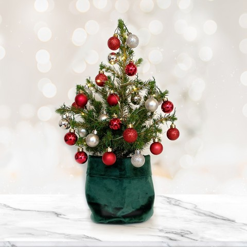 Medium Christmas tree with 28 Silver and Red baubles (RECOMMENDED)