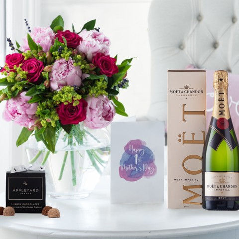 First Mother's Day Luxury Gift Set