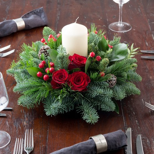 Red Rose Festive Table Centre