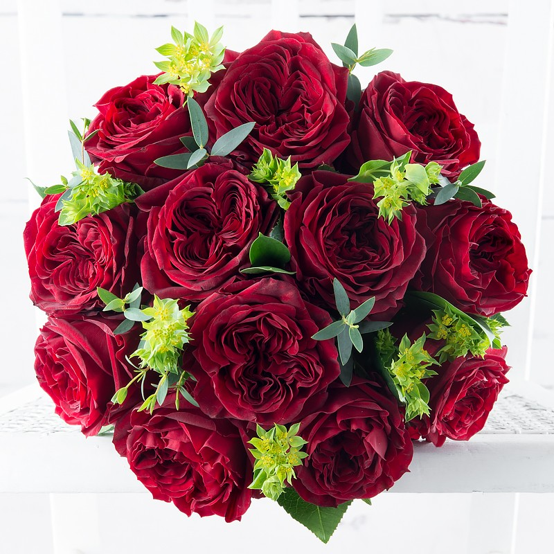Red garden roses - Red garden rose bouquet ...