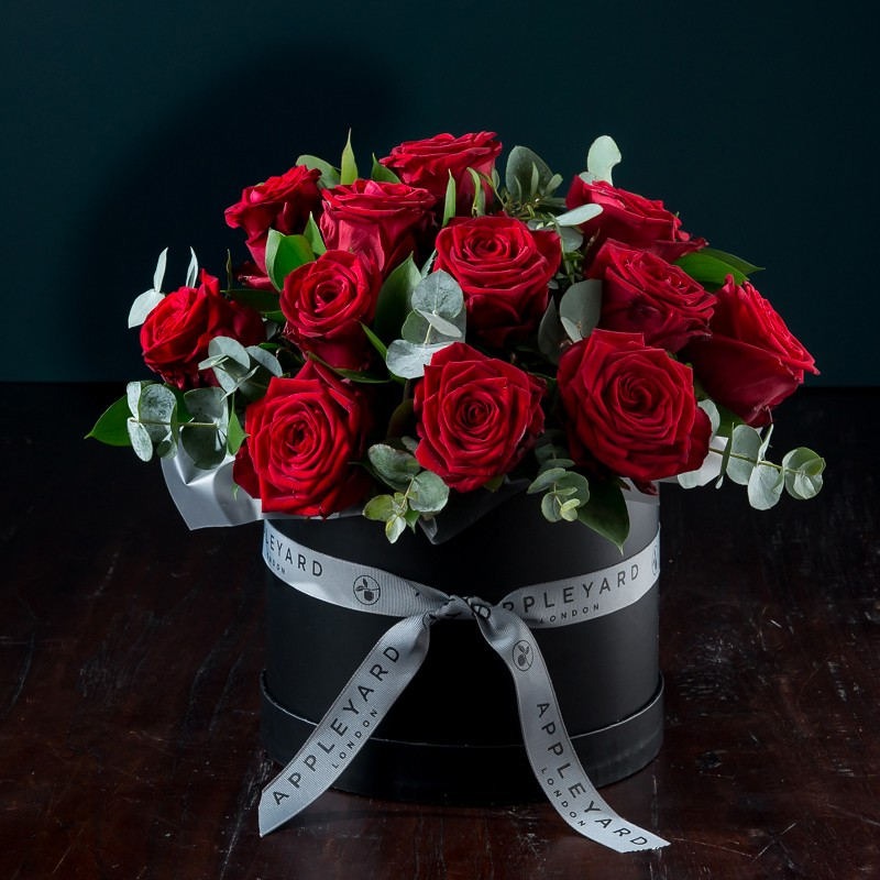 3b48e6b48d7d Red Rose Hatbox