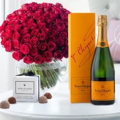 100 Red Roses, Veuve Clicquot & 6 Mixed Truffles