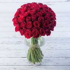 50 Red Roses & Rose Prosecco